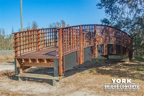 Wooden Prefabricated Pedestrian Bridges