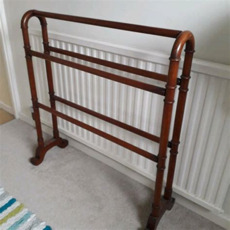 Wooden Towel Rails Freestanding