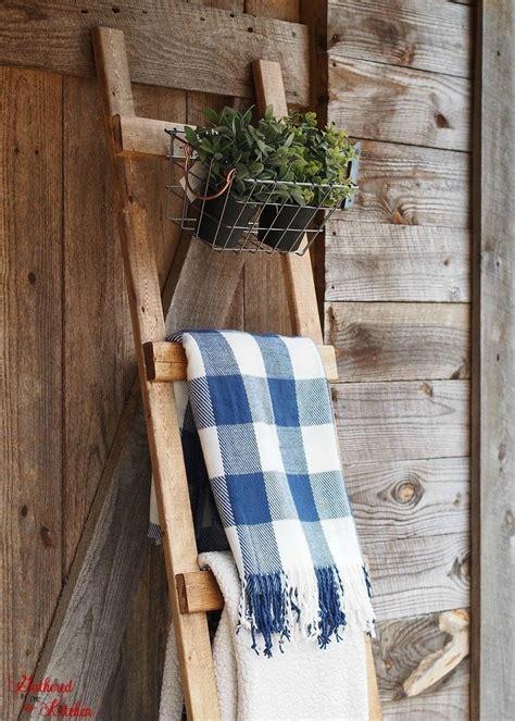 Wooden-Blanket-Ladder-Diy