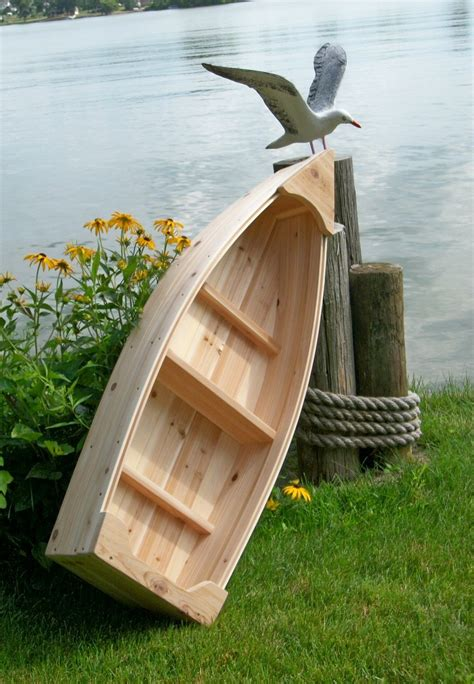 Wooden-Boat-Planter-Plans
