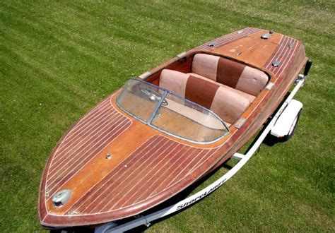 Wooden-Boat-Restoration-Projects-For-Sale