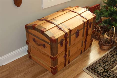 Wooden-Chest-Trunk-Plans