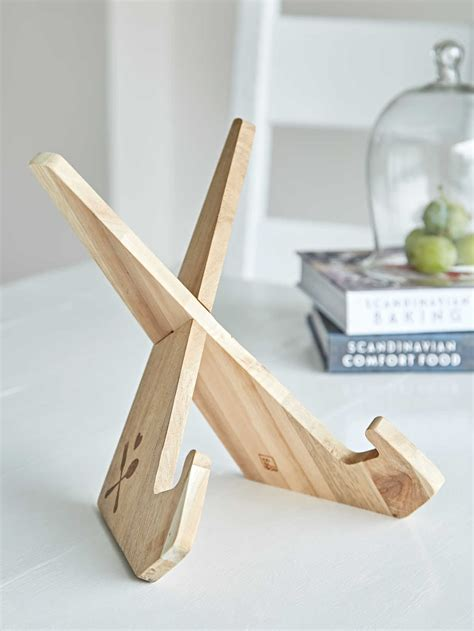 Wooden-Cookbook-Stand-Plans