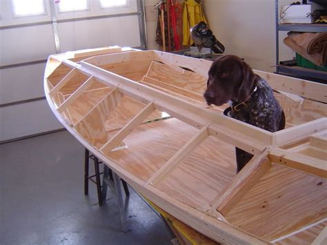 Wooden-Duck-Hunting-Boat-Plans