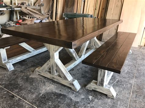 Wooden-Farmhouse-Table-Legs