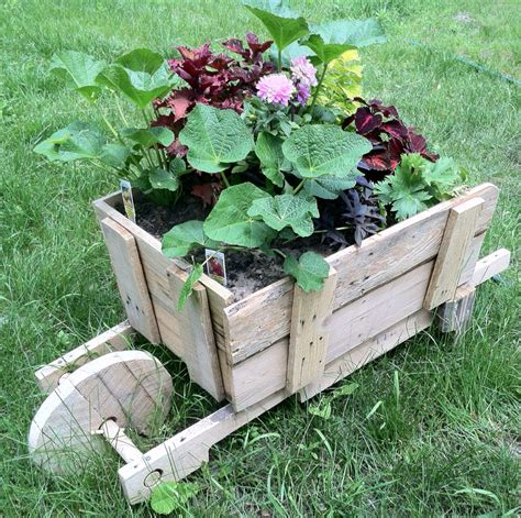 Wooden-Garden-Projects