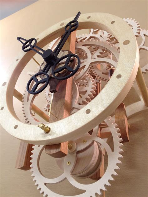 Wooden-Gear-Clock-Projects