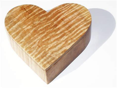 Wooden-Heart-Box-Plans