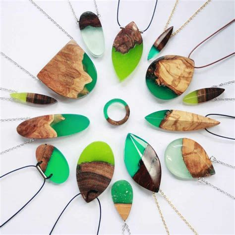 Wooden-Jewlery-Projects