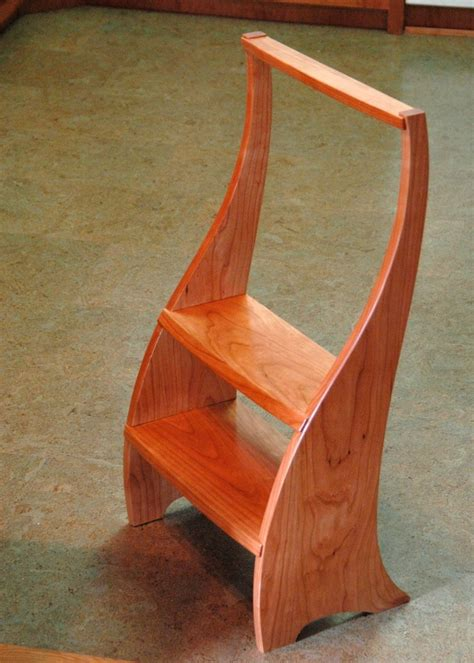 Wooden-Kitchen-Step-Stool-Plans