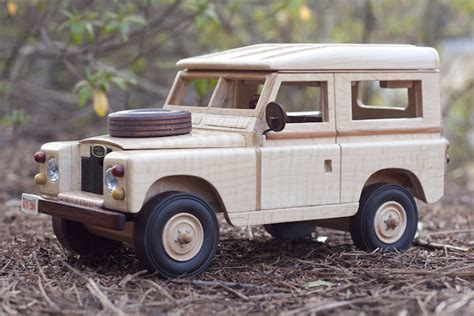 Wooden-Land-Rover-Plans