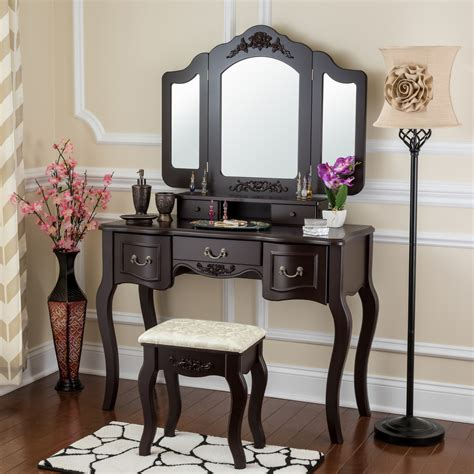 Wooden-Makeup-Table