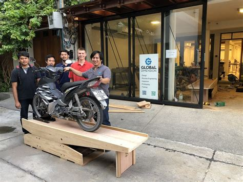 Wooden-Motorcycle-Workbench-Plans