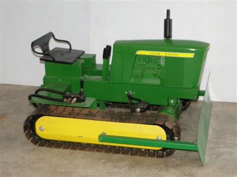 Wooden-Pedal-Tractor-Plans