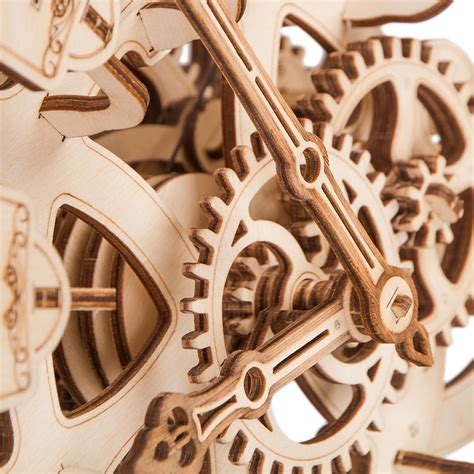 Wooden-Pendulum-Clock-Plans