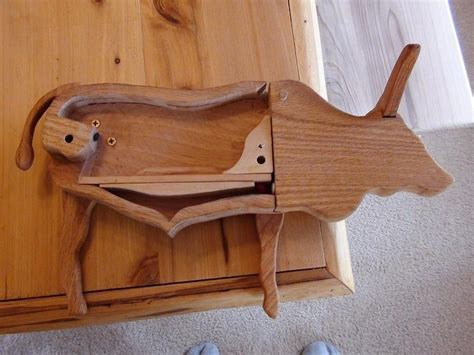 Wooden-Pooping-Candy-Dispenser-Plans