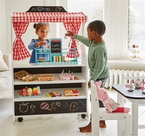 Wooden-Pretend-Shop