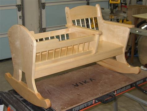 Wooden-Rocking-Baby-Cradle-Plans
