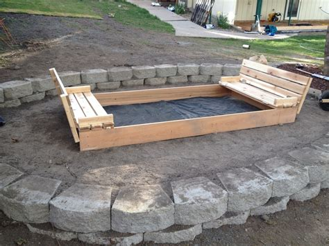 Wooden-Sandbox-With-Lid-Plans