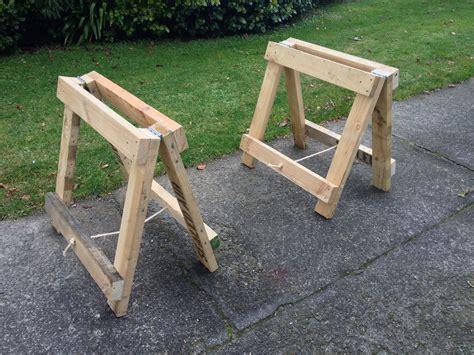Wooden-Sawhorse-Diy