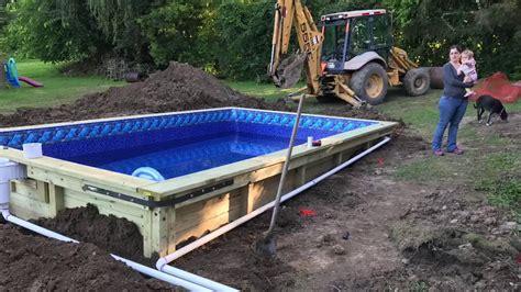 Wooden-Swimming-Pool-Diy