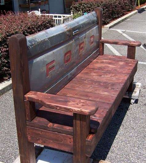 Wooden-Tailgate-Bench-Plans