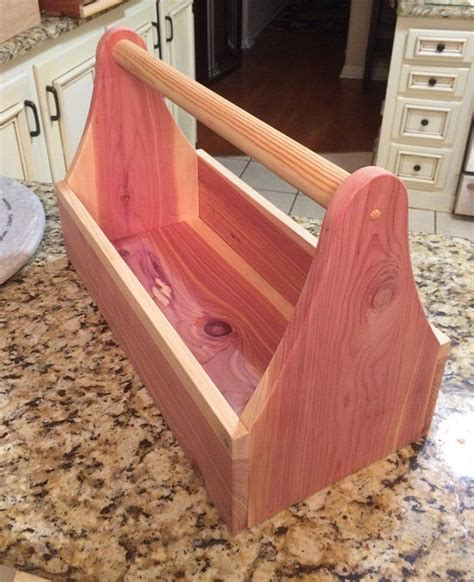 Wooden-Tool-Box-Tote-Plans