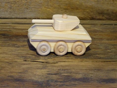 Wooden-Toy-Tank-Plans