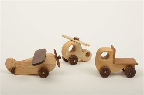 Wooden-Toys-For-Babies-Plans