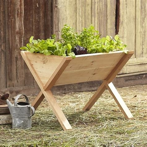 Wooden-Vegetable-Planters-On-Legs-Plans