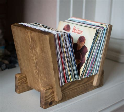 Wooden-Vinyl-Stand-Plans