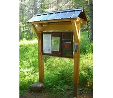 Best Wooden outdoor information kiosk
