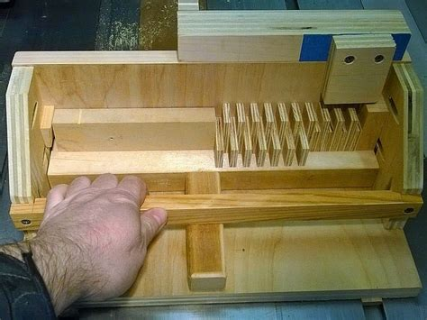Woodfather-Box-Joint-Jig-Plans