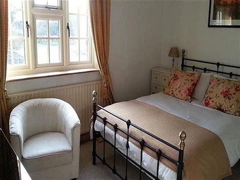 Woodleys-Farmhouse-Bed-And-Breakfast