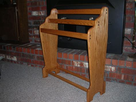 Woodwork Woodworking Plans Quilt Rack