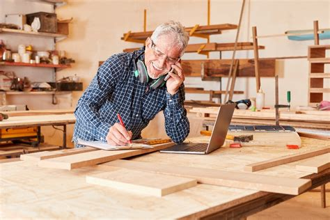 Woodworkers-And-Hobbies