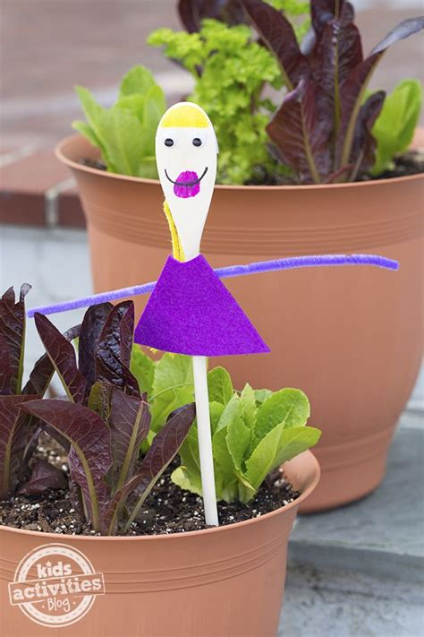 Woodworking Art Preschool Art Projects For Mothers Day
