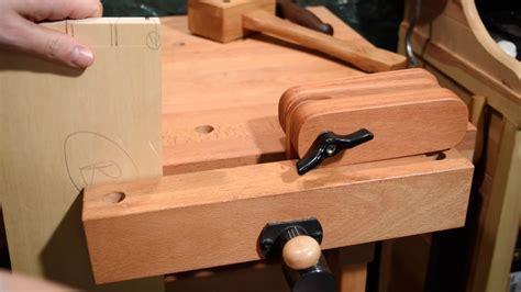 Woodworking Bench Vise Youtube