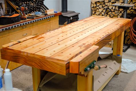 Woodworking-Bench-Finish