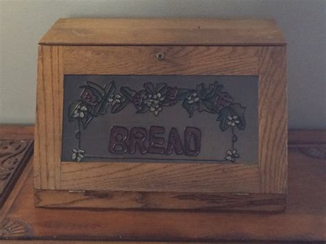Woodworking-Bread-Box