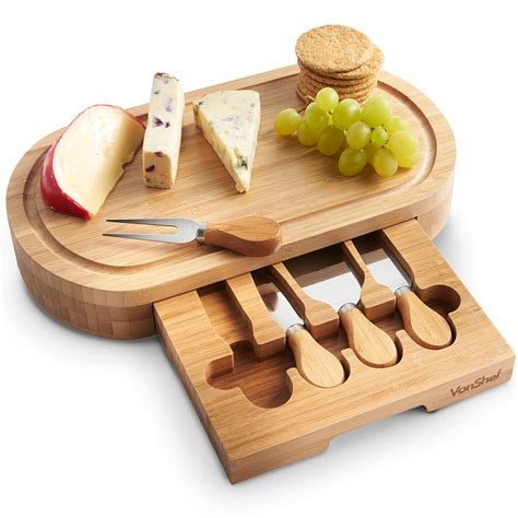 Woodworking-Cheese-Board
