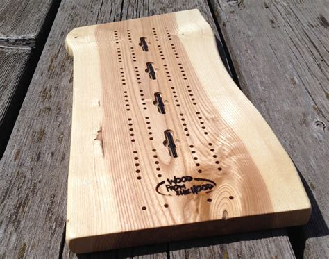 Woodworking-Cribbage-Board