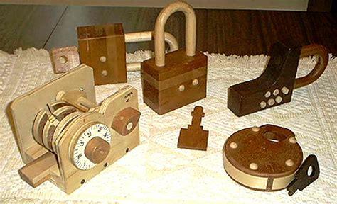 Woodworking-Locks