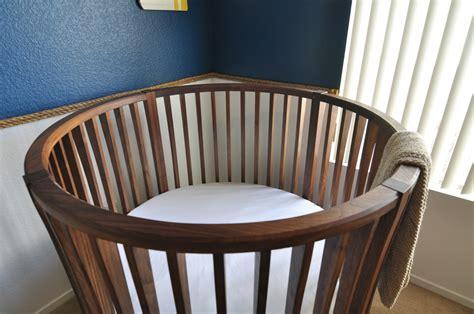 Woodworking-Plans-Circle-Crib