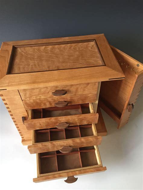 Woodworking-Plans-Jewelery-Box
