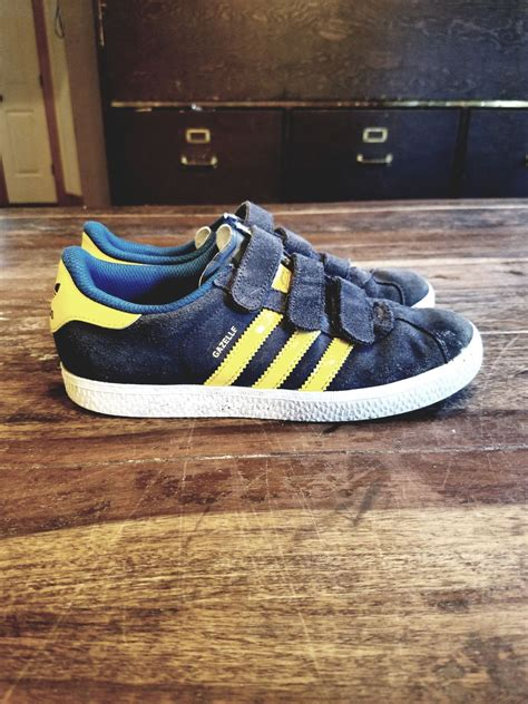 Yellow 3 Stripe Sneakers Adidas