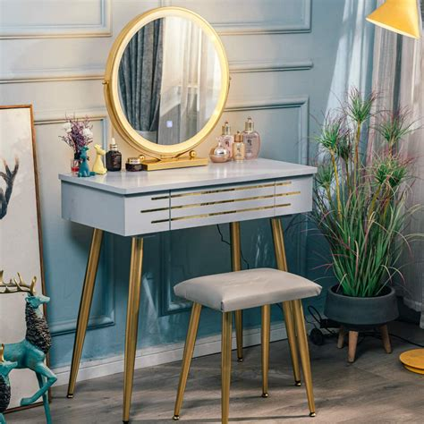 Zayne Vanity Set With Mirror