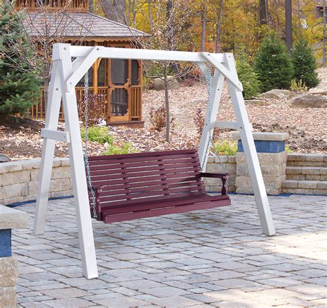 A frame porch swings Image