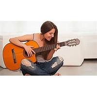 Adult guitar lessons cheap