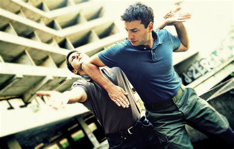 Advantadges Of Movement In Self Defense